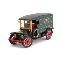 White Delivery Van 1920 1:32 - Signature Models