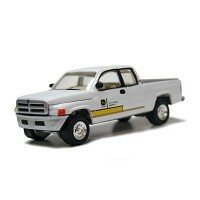 John Deere Dodge Ram 1500 Pickup 2000 1:64 - Johnny Lightning