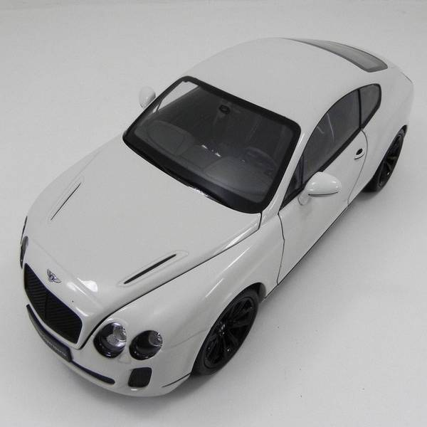 Bentley Continental Coupe 1/18 - Califórnia Toys