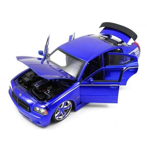 2006 Dodge Charger Purple Lopro 1/18 - Califórnia Toys