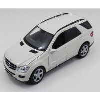 Mercedes-Benz ML 350 1/18 - Califórnia Toys