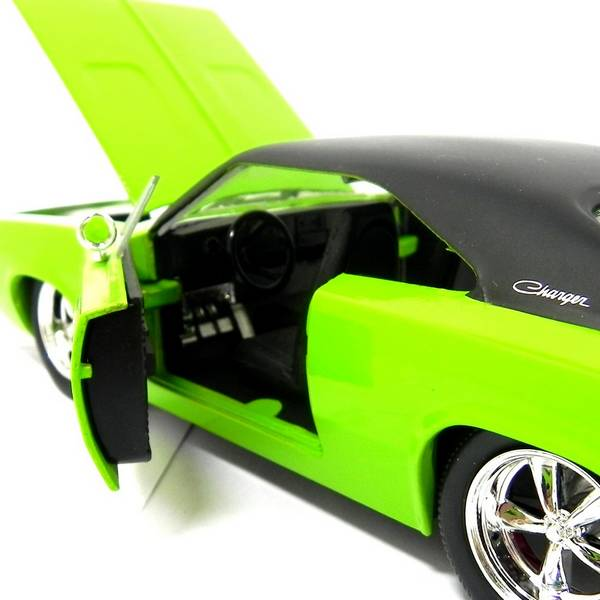 1970 Dodge Charger 1/24 - Califórnia Toys