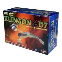 Star Trek Klingon D7 Battlecruiser - Kit para Montar - Polar Lights