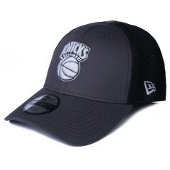 Boné New Era 39Thirty New York Knicks Aba Curva Cinza / Preto