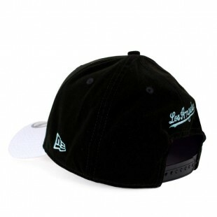 Boné New Era Snapback Los Angeles Dodgers Aba Curva Preto / Branco
