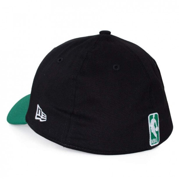Boné New Era 39Thirty Boston Celtics Aba Curva Preto / Verde