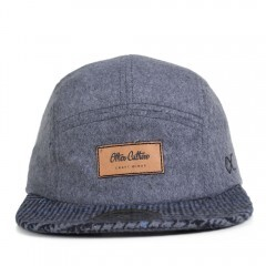 Boné Other Culture Strapback Flip Five Panel / Cinza