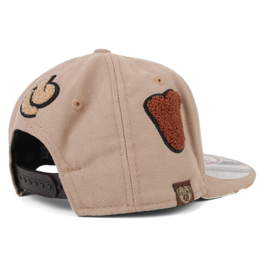Boné New Era 9Fifty Snapback Petit Pois Studio Bege