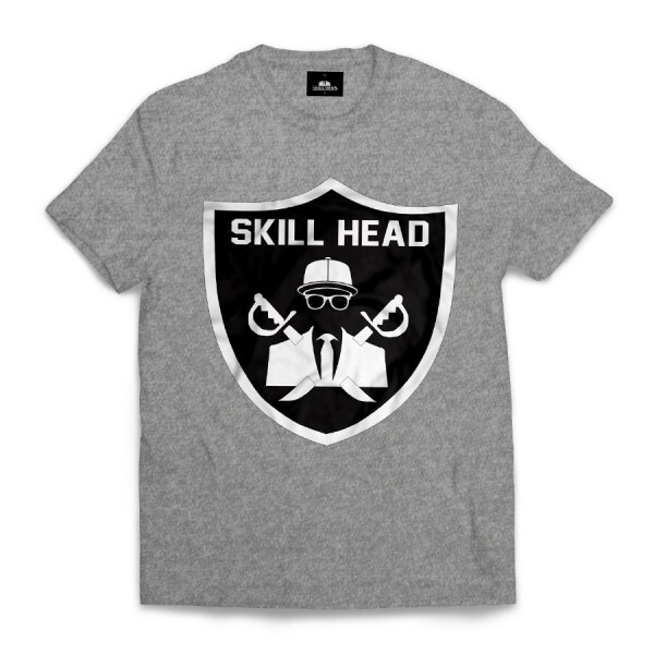 Camiseta Skill Head Escudo Raiders Cinza