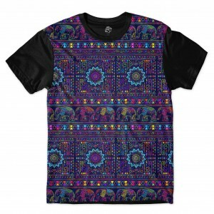 Camiseta BSC  Indian Scarf Full Print Preto/Roxo