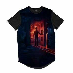 Camiseta Longline Insane 10 Stranger Things Will Byers Porta Full Print Preto