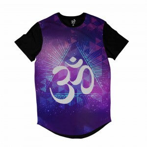 Camiseta Longline Long Beach Ohm Triângulos Full Print Roxo Brilho