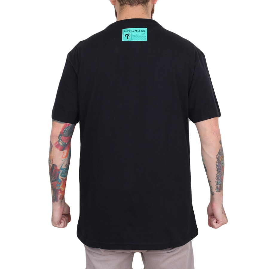 Camiseta BLVD Supply Crush It Tee Preto