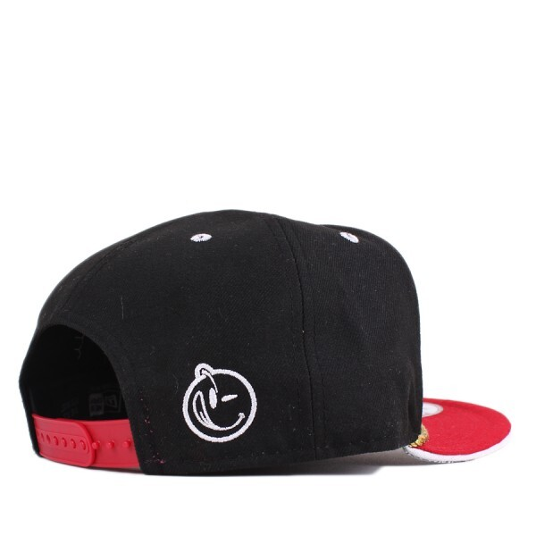 Boné Yums New Era 9FIFTY Snapback Black/Red
