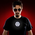 CAMISETA LED LUMINOSA IRON MAN ATIVADA POR SOM - REATOR ARC 3