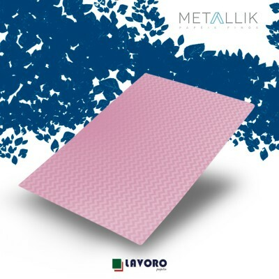 Papel Metallik para Scrapbook - Mini Chevron Rosa A4 180g - 1 Folha